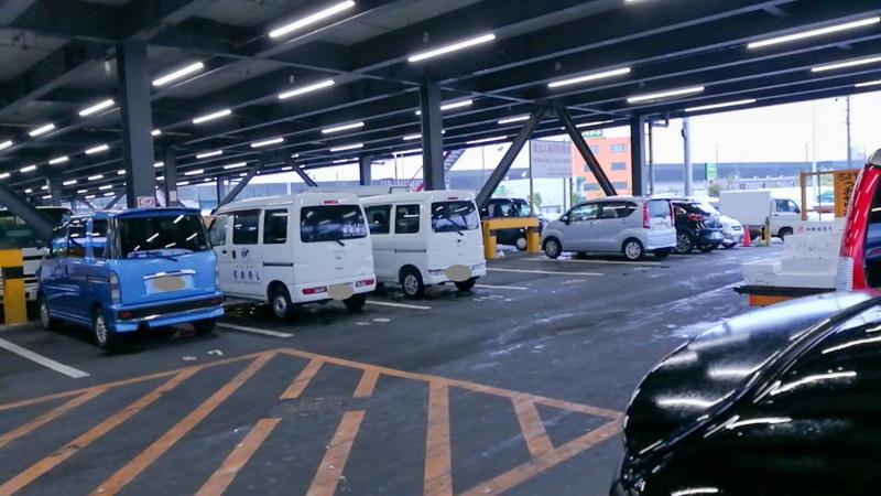 市場駐車場